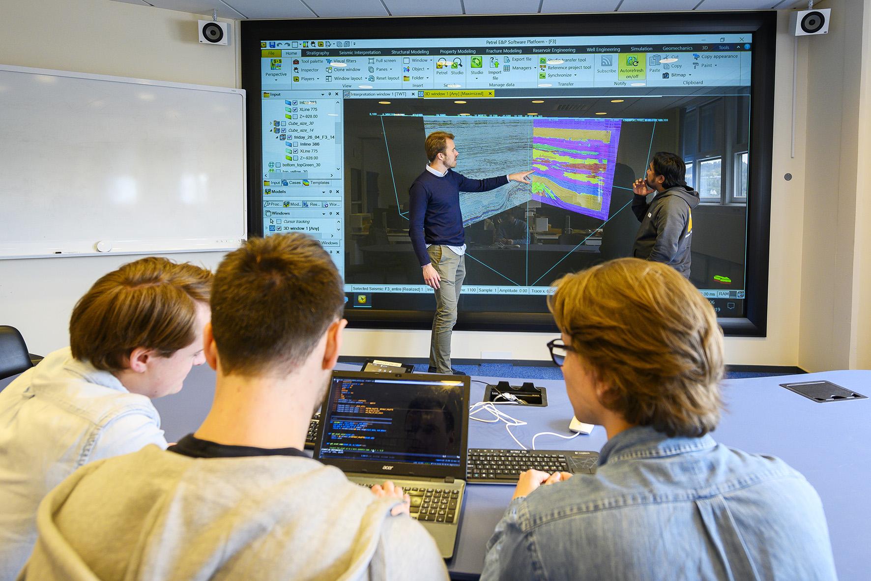 Tolker seismikk med kunstig intelligens